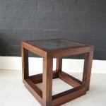 Cube-Side-Table